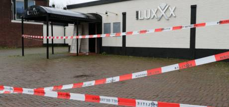 Beschoten loungebar LuxXx in Enschede gaat waarschijnlijk tegen de vlakte
