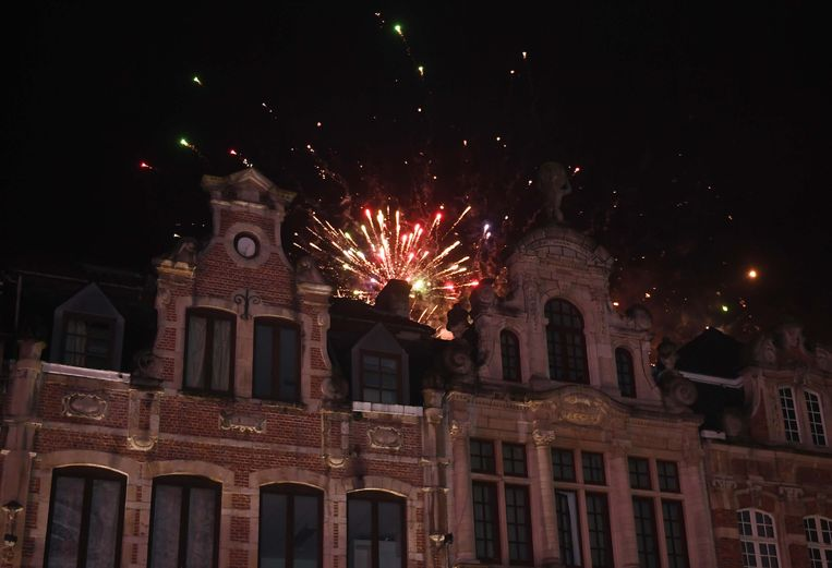 Vuurwerk dat werd opgestoken in het Leuvense stadscentrum.