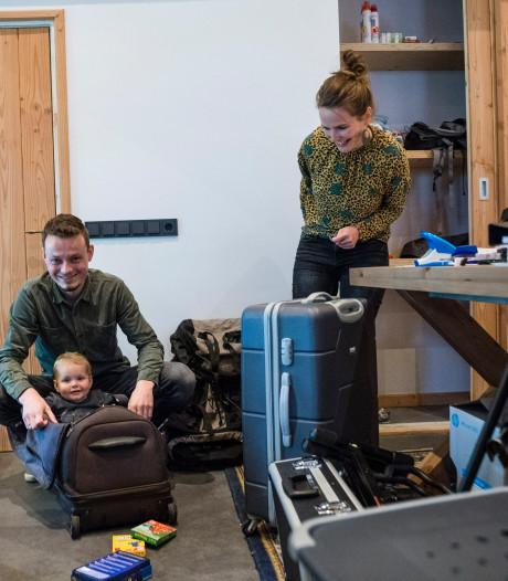 Jordi en Lisanne uit Den Ham verhuizen met 1-jarige dochter voor jaar naar Namibië