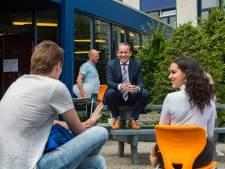 Vóór hij burgemeester werd van de Hoeksche Waard, probeerde Van Hemmen het in Nissewaard te worden