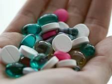 Grote hoeveelheid pillen gevonden bij inval in woning Veenendaal