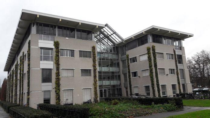 Het voormalige bestuurscentrum en nu studentencomplex op Duivendaal in Wageningen