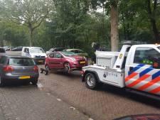 Dode vrouw aangetroffen in auto Crooswijk