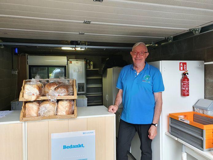 Hervé Hellemans is met zijn eigen doorgeefluik gestart vanuit zijn garage. Hij heeft de toelating van het FAVV gekregen om de voeding te verdelen.