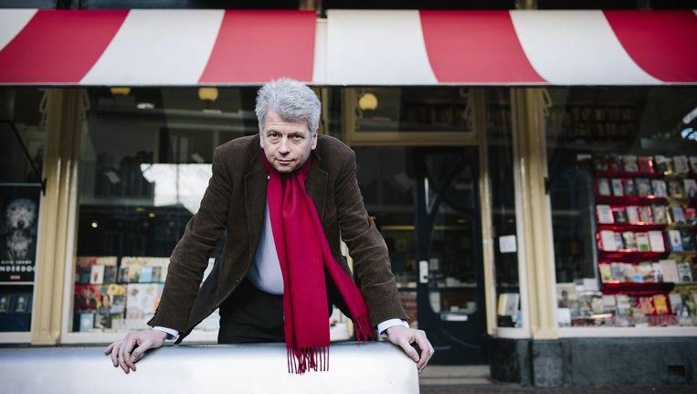 Directeur Maarten Asscher: 'In Zwolle zou deze winkel toch minder lopen.' Beeld Marc Driessen