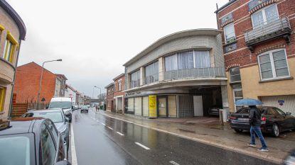 Bewoners op straat en broodjeszaak gesloten na inspectie door verschillende diensten