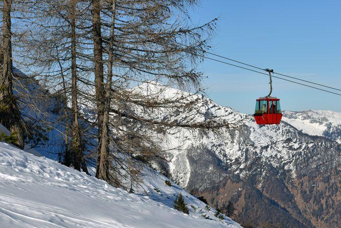Skiliften in het Oostenrijks Ischgl zouden niet tijdig zijn gesloten.