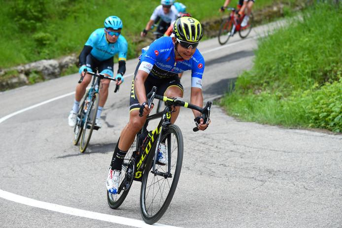 Chaves verloor bijna een half uur in de tiende Giro-rit en speelt geen rol meer in het klassement.