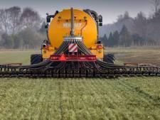 Drugsafval vergiftigt vee en land in boerendorpen: 'Controleer rioolwater om labs op te sporen'