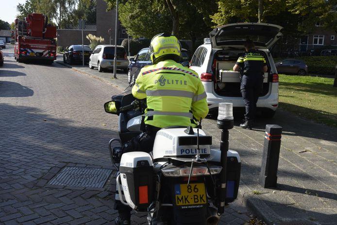 Politie doet onderzoek na overval op lachgaskoerier.