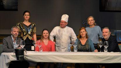 Toneelvereniging De Vlasbloem brengt 'Het Diner'