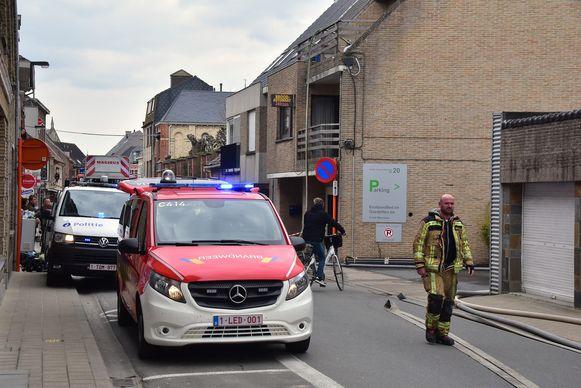 Tijdens de interventie was de Professor Dewulfstraat geruime tijd afgesloten voor het verkeer.