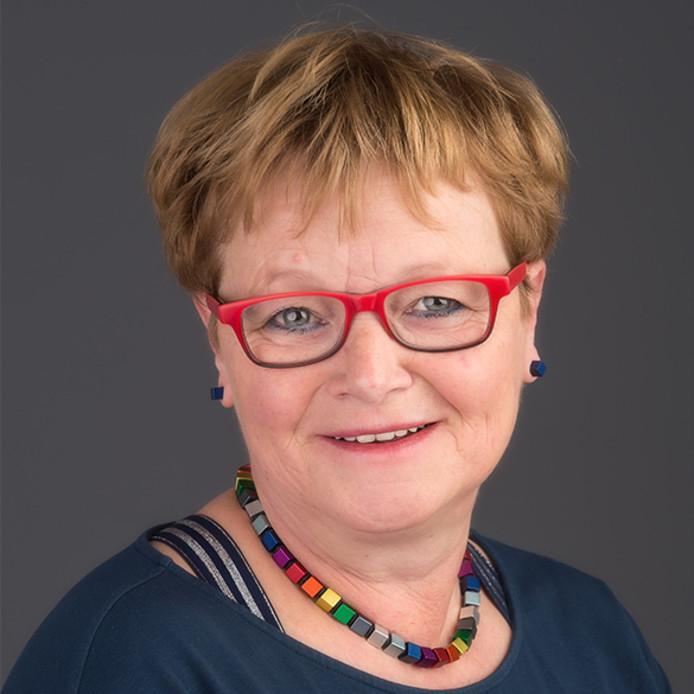 Lidy van Beek (gemeenteraadslid Keerpunt'98) reageerde furieus op een uitspraak van VVD-raadslid Vermorken (Gilze en Rijen).