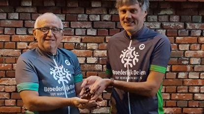 Marc Luypaert met mountainbike en... eikels naar Burkina Faso
