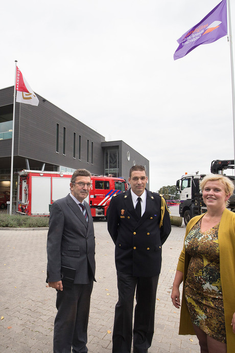 Brandweer en buitendienst bijeen in Hengelo