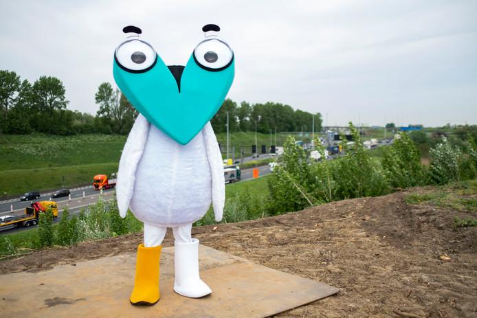 Mascotte 'Corneel van Oosterweel' informeert weggebruikers over de Oosterweelwerken.