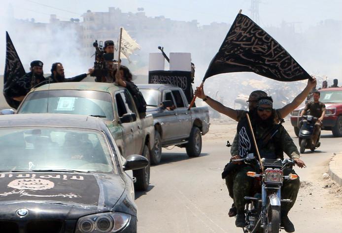 Strijders van het (toenmalige) Al Nusra-front in 2015 in Aleppo.