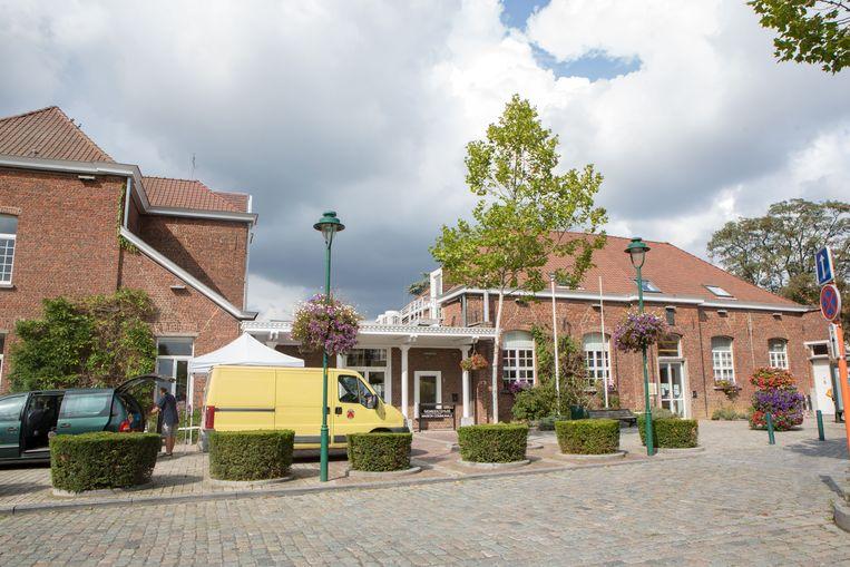 Het gemeentehuis van Linkebeek.