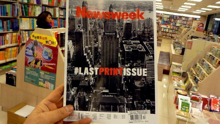 Het 'laatste' papieren nummer van Newsweek. Beeld epa