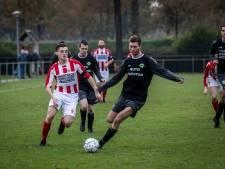 Mariahout herstelt zich tegen EMK van 10-1 nederlaag; Koploper HVV onderuit bij Stiphout
