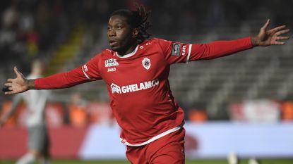 VIDEO. Geen winnaar in felbevochten topper op de Bosuil: Mbokani schenkt tienkoppig Antwerp een punt tegen ex-club