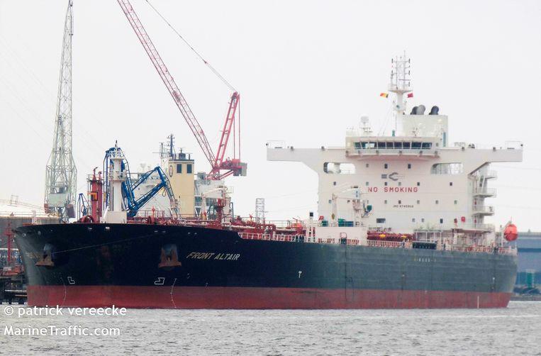 Een van de tankers is de Front Altair, hier gefotografeerd in de haven van Antwerpen.