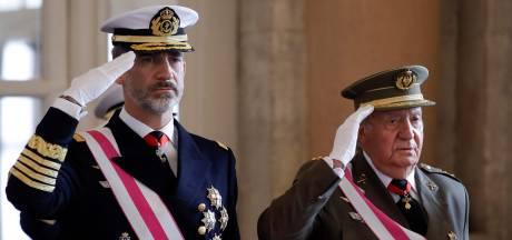Le roi d'Espagne renonce à l'héritage de son père et lui retire sa dotation
