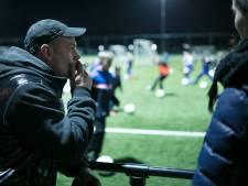 Roken langs voetbalveld verboden bij Wilhelmina Den Bosch, OJC Rosmalen volgt: 'Het ziet er ook niet uit'