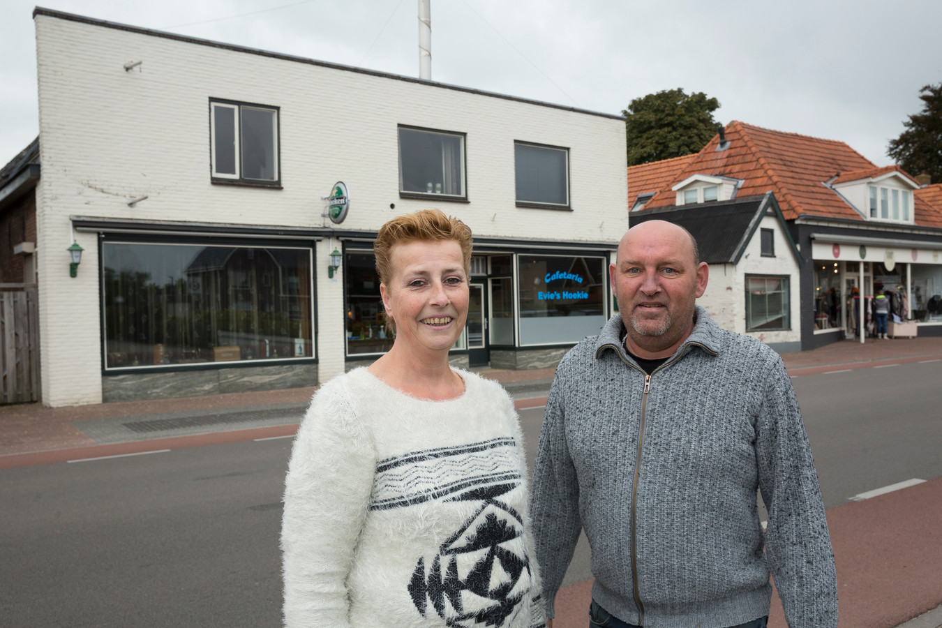 Everlina en Willem Uit de Fles in oktober 2016, toen ze vol goede moed begonnen met Evie's Hoekie in Oldebroek.