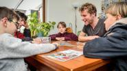Lancering nieuw gezelschapsspel De Reuzendans meteen succes, Vier Heemskinderen enthousiast over spel