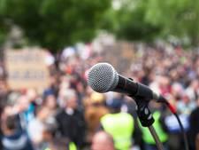 Protestactie tijdens raadsvergadering Valkenswaard om vrachtwagenverbod