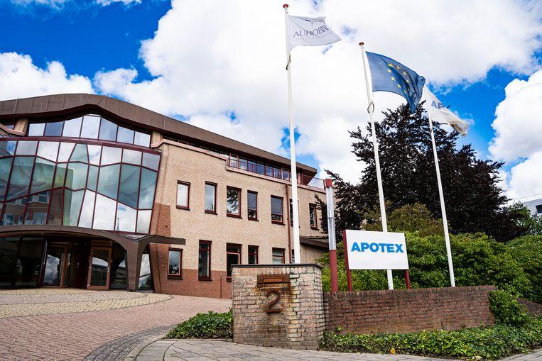 Volgens onderzoeksjournalisten wordt ongeveer de helft van de in Nederland verkochte paracetamol gemaakt door farmaceut Apotex in Leiden, dochter van het Indiase concern Aurobindo. Beeld Hollandse Hoogte / Tobias Kleuver Media
