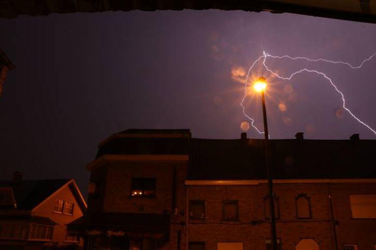 De bliksem leverde gisterenavond en vannacht knappe beelden op.