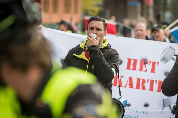 NVU-leider Constant Kusters tijdens een demonstratie.