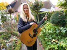 Veldhovense Anica Pongers wint met haar ballad Amerikaanse country-prijs