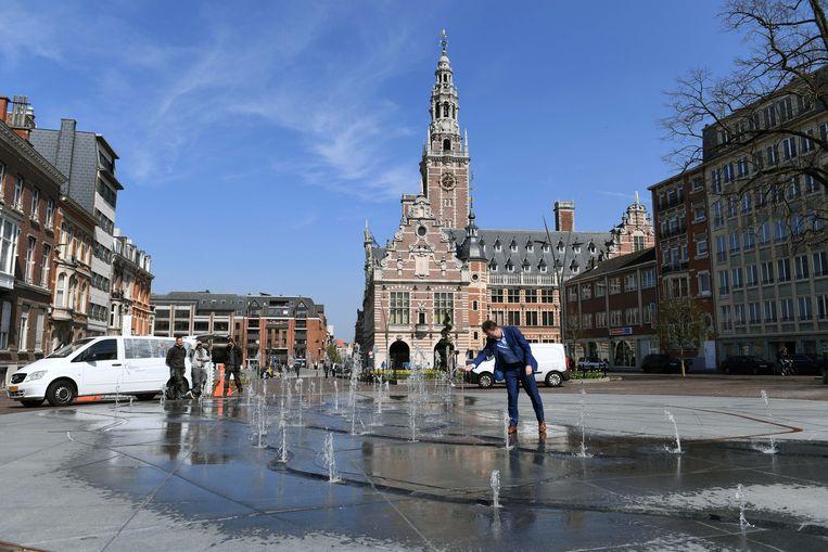 De fontein op het Herbert Hooverplein in Leuven heeft een diameter van 18 meter.