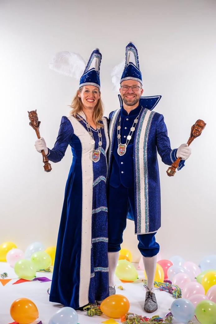 Graaf Dirk en gravin Miriam Bekke, het carnavaleske echtpaar van CV De Bosduvelkes.