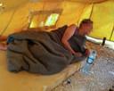 De Nederlandse Chadia die zich bij IS aansloot, in een kamp in Syrië.