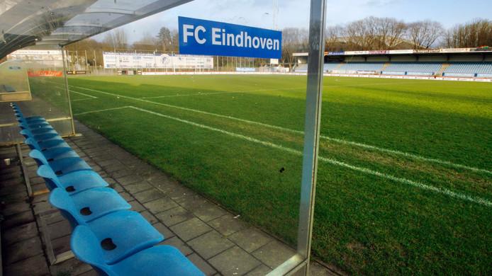 Het Jan Louwers Stadion.