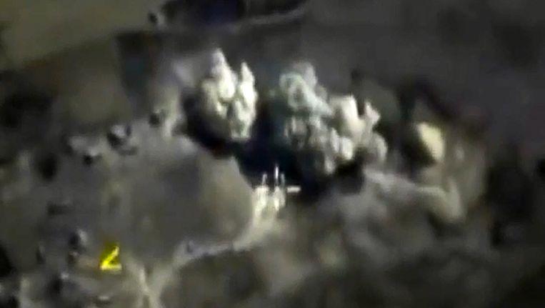 Een bombardement op Raqqa, het voornaamste bolwerk van IS in Syrië. Beeld afp