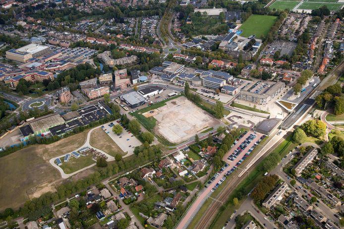 In het gebied dat ligt ingeklemd tussen station, het Nachthok en het St Jansdal ziekenhuis moet de komende jaren onder meer een nieuwe woonwijk verrijzen.