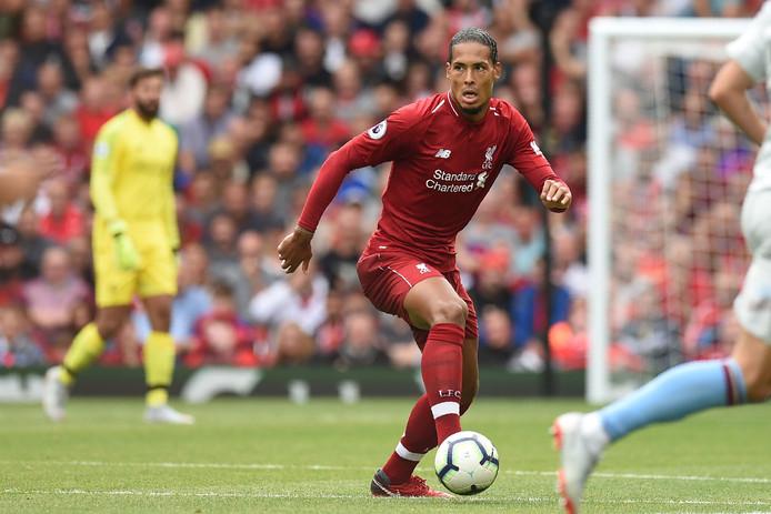 Virgil van Dijk in actie tegen West Ham United.