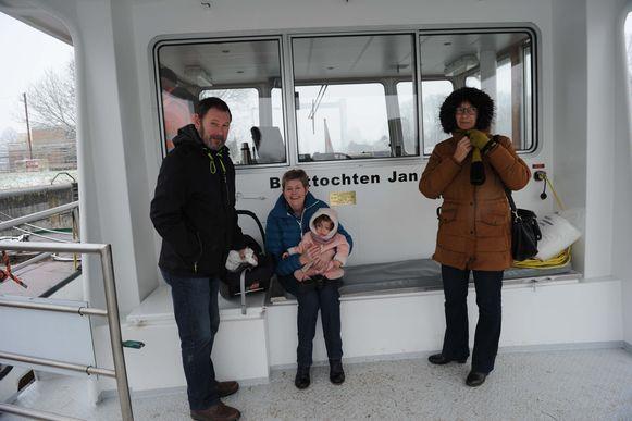 Julien en Louisiane uit Opwijk met kleindochter Lily.