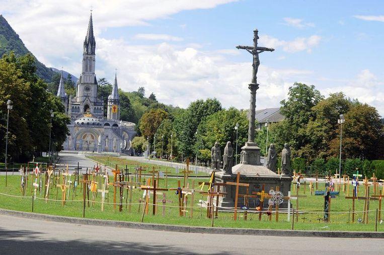 Godfried Danneels Detail: Ook Kardinaal Danneels Geëvacueerd Na Bomalarm Lourdes