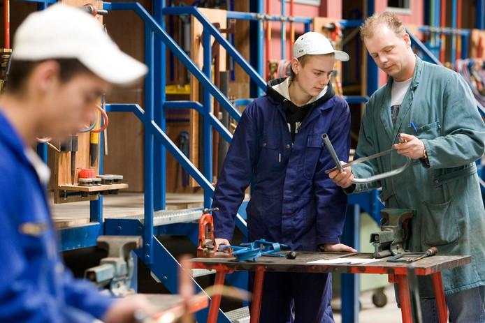 Leerlingen van het ROC Gilde techniek, opleiding installatietechniek.