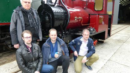 Stoomtrein tuft tot in station Eeklo