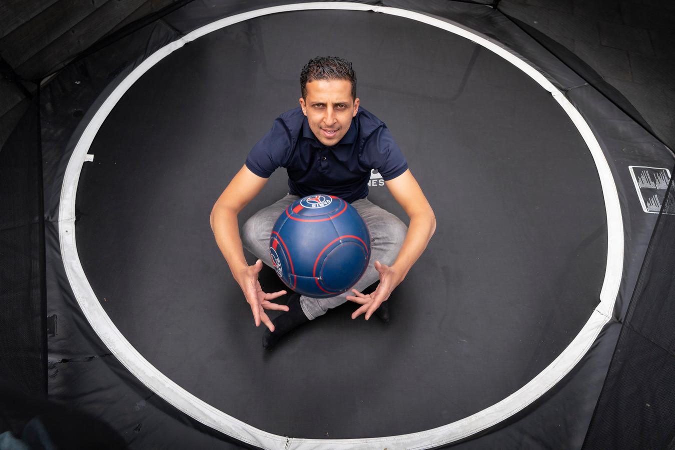 Samir Makhoukhi: 'Zaalvoetbal moet af van het stempel 'kleine broertje'.