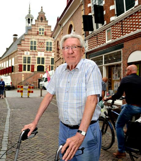 Na 50 jaar komt waarheid boven tafel: stadhuis afgebrand door sigaretten