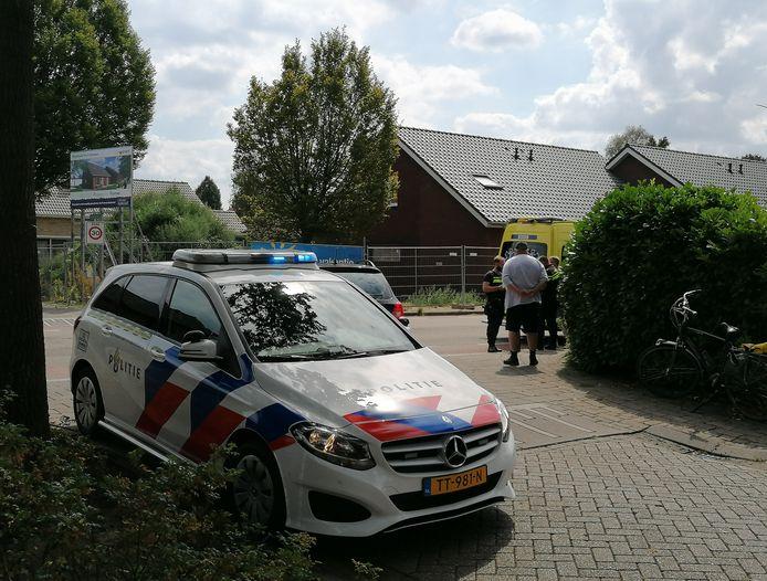 De aanrijding gebeurde op de kruising van de Bergstraat met de Hummeloseweg in Doetinchem.