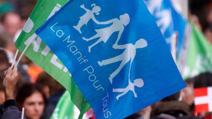 """Tienduizenden Fransen betogen tegen ivf-behandeling in """"vaderloos"""" gezin"""